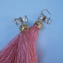 Tassels and bows